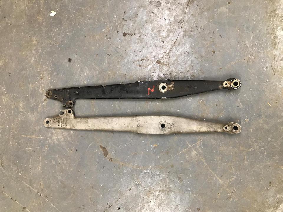 A pair of girdraulic fork legs  ((2))