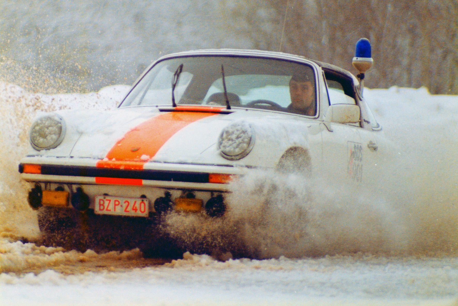 One of a mere 4 survivors,1976 Porsche 911 Carrera 2.7 MFI Targa Belgian Gendarmerie  Chassis no. 9116619025 Engine no. 6668025