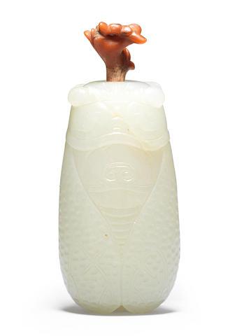 A white jade 'cicada' snuff bottle 18th/19th century (2)