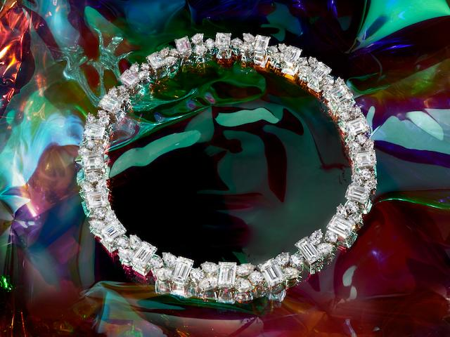 A MAGNIFICENT DIAMOND NECKLACE/BRACELET COMBINATION, By HARRY WINSTON