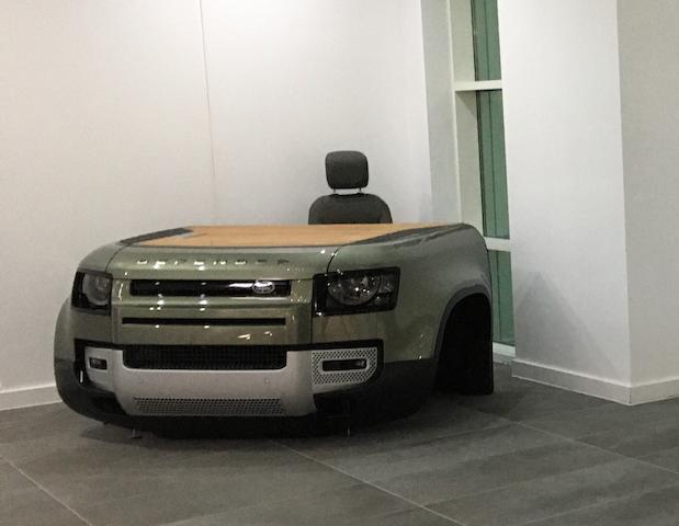 2020 Land Rover Defender Desk & Chair