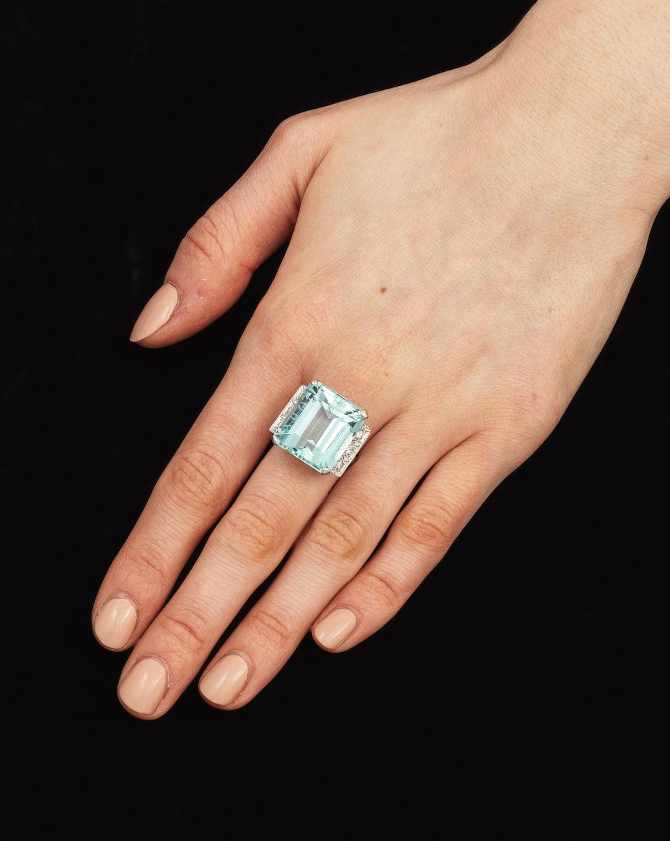 AQUAMARINE AND DIAMOND RING,