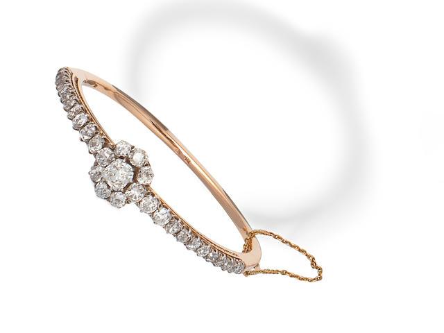 DIAMOND BANGLE, LATE 19TH CENTURY