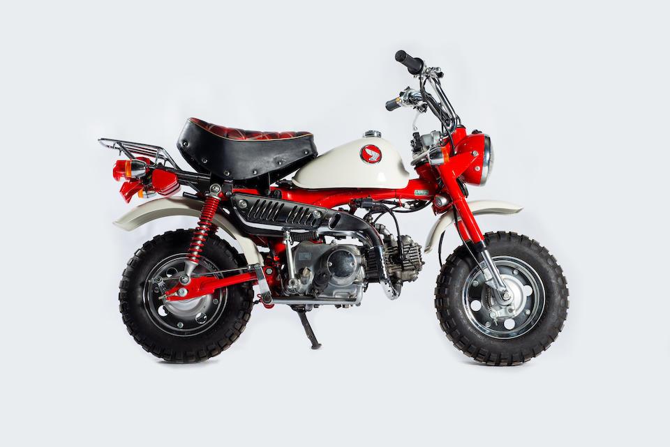 1997 Honda Z50J '30th Anniversary' Monkey Bike Frame no. Z50J-2404906 Engine no. AB27E-1018615