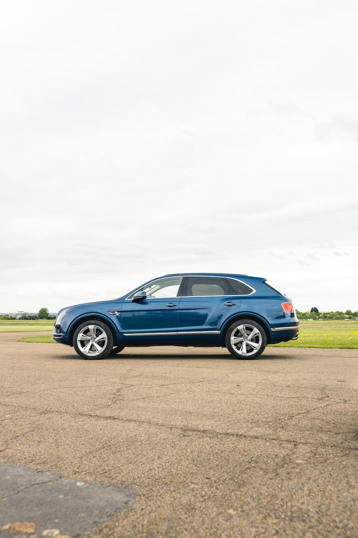 2018 Bentley Bentayga W12 6.0  Chassis no. SJAAF14VXJC023107