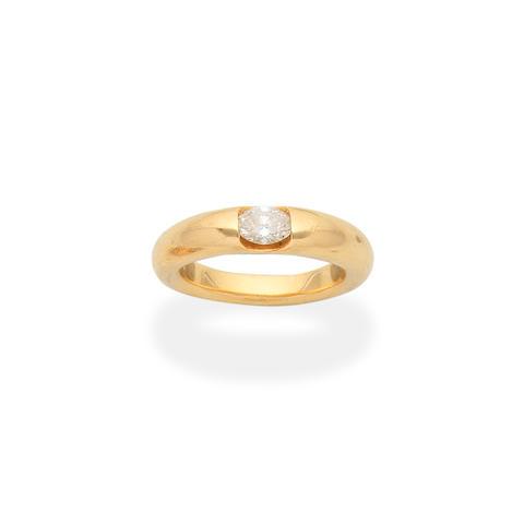 FRED: DIAMOND-SET RING