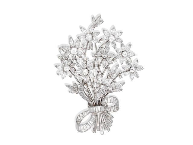 DIAMOND FLORAL SPRAY BROOCH,