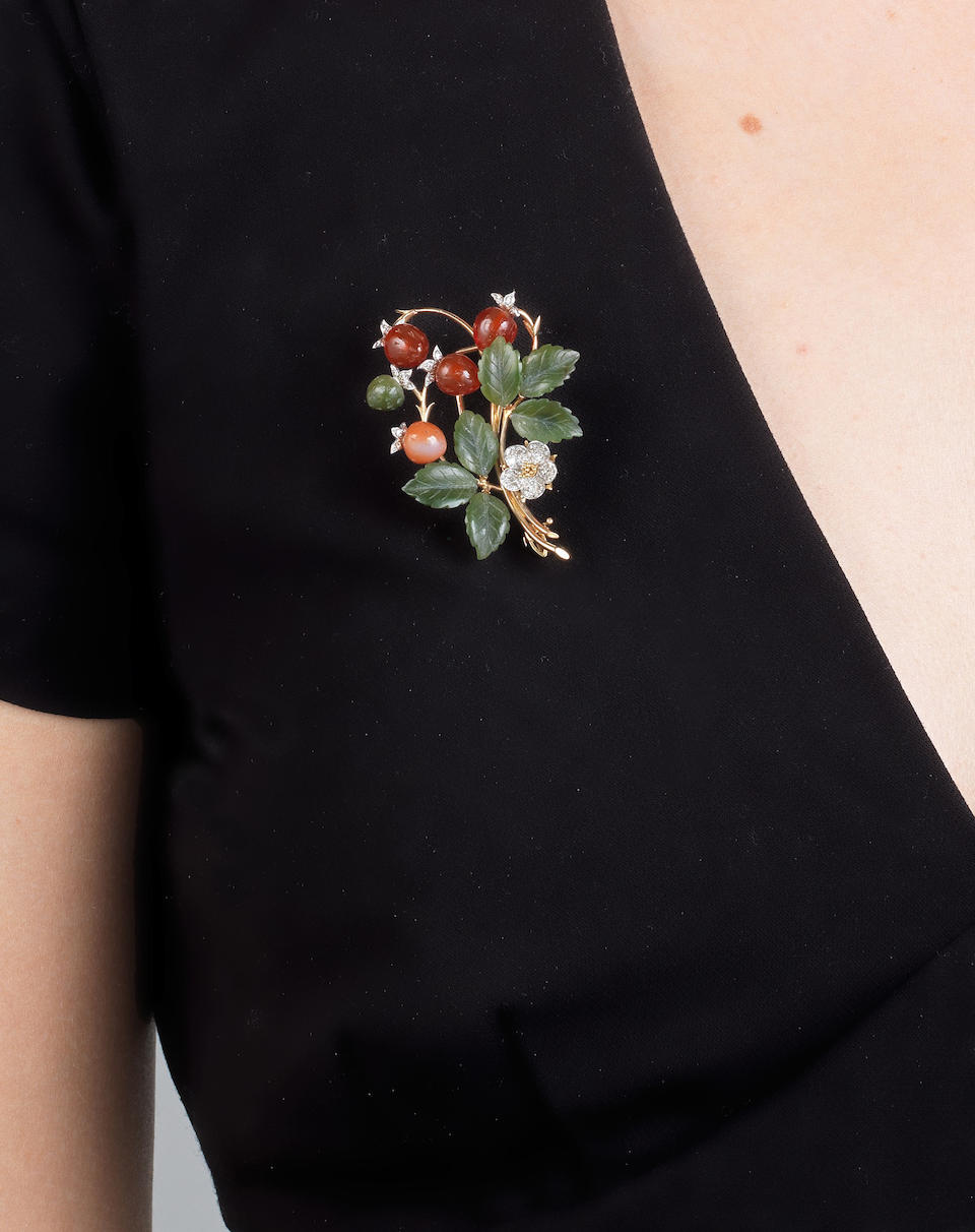 CARNELIAN, NEPHRITE AND DIAMOND WILD STRAWBERRY BROOCH AND EARCLIP SUITE,